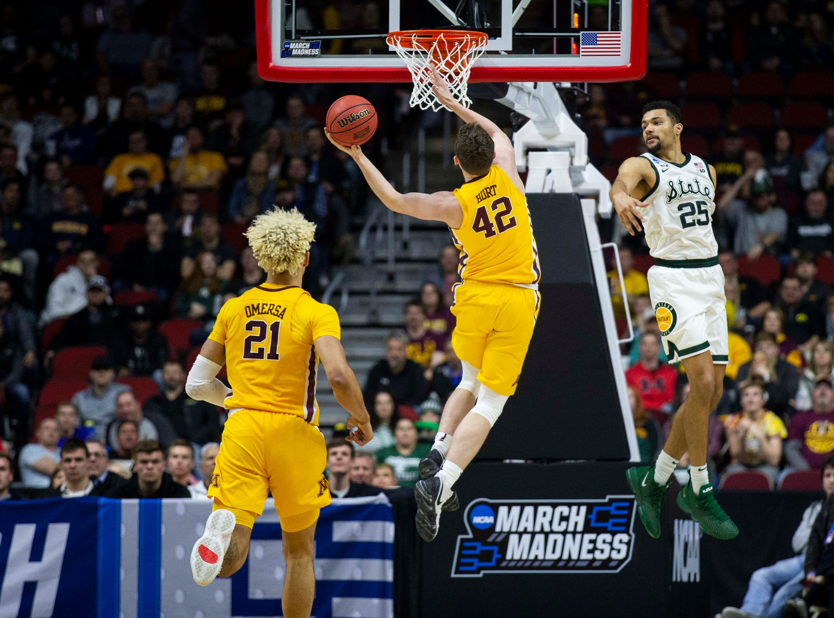 Minnesota's Michael Hurt makes a lay-up during the NCAA Tournament second-round match-up between Minnesota and Michigan State on Saturday, March 23, 2019, in Wells Fargo Arena in Des Moines, Iowa.