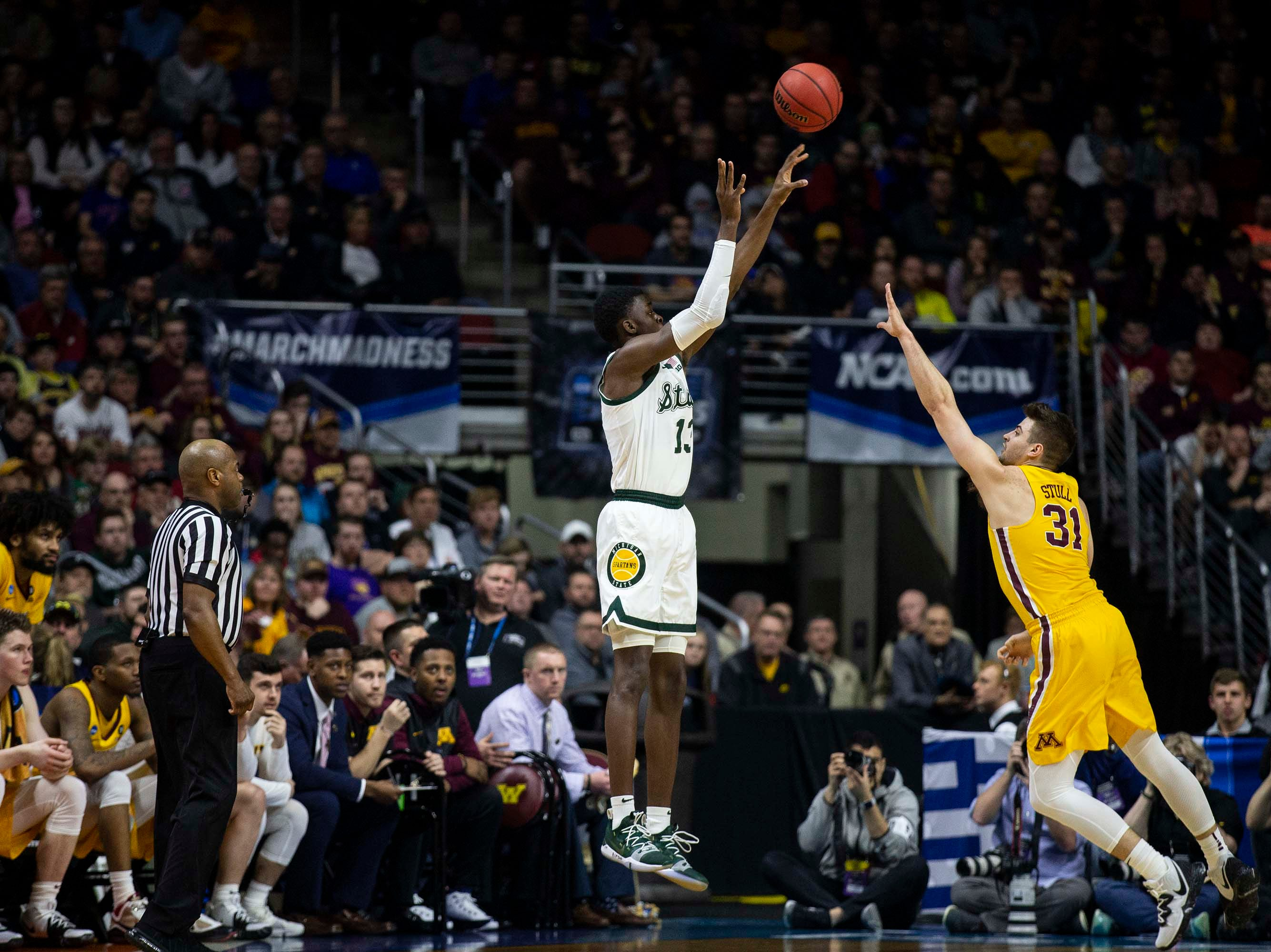 Michigan State's Gabe Brown shoots the ball during the NCAA Tournament second-round match-up between Minnesota and Michigan State on Saturday, March 23, 2019, in Wells Fargo Arena in Des Moines, Iowa.