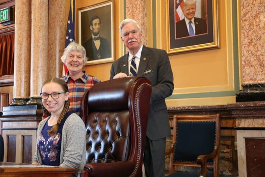 State Rep. Stan Gustafson met with Katie Friedman (seated) and Louette Ebeling of Norwalk at the Capitol last week.