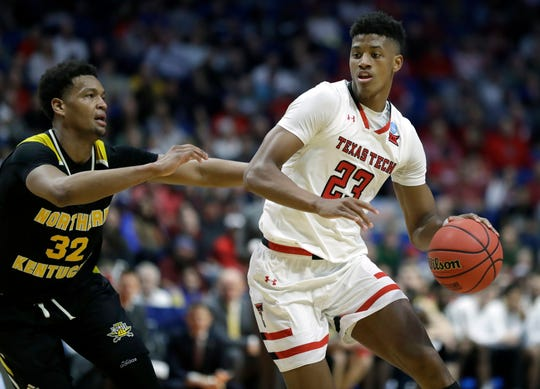 Texas Tech's Jarrett Culver drives past Northern Kentucky's Dantez Walton in Friday's first round.