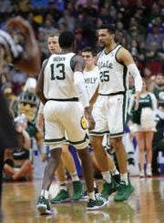 Michigan State&#39;s Kenny Goins and Gabe Brown will celebrate Minnesota&#39;s first half of their second round of NCAA tournament game Saturday, March 23, 2019 at Wells Fargo Arena in Des Moines, Iowa. [19659004] Michigan State&#39;s Kenny Goins and Gabe Brown celebrate their first round of NCAA tournament game Saturday, March 23, 2019 at Wells Fargo Arena in Des Moines, Iowa. <meta itemprop=