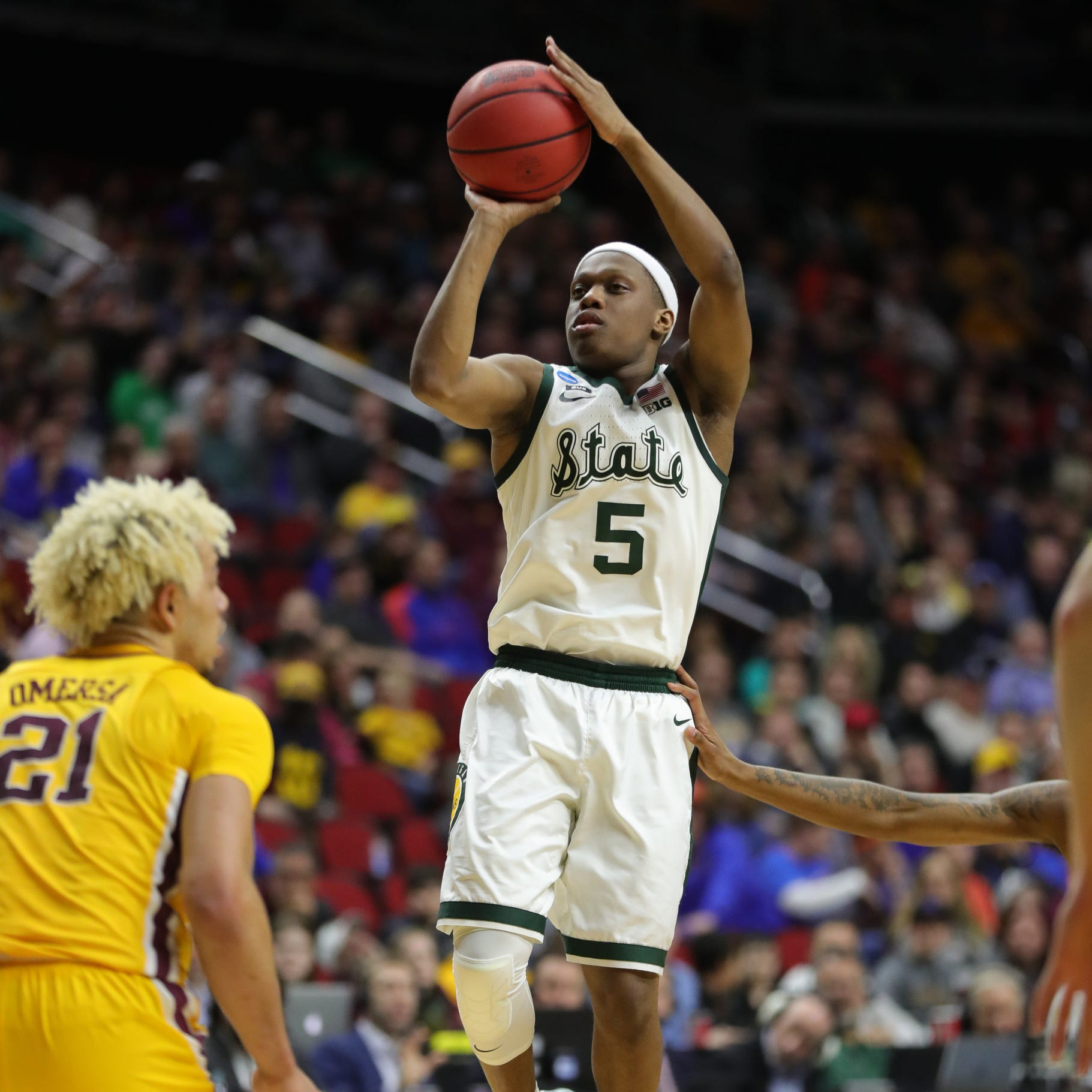 Cassius Winston took over when Michigan State needed him most, to get to the Sweet 16