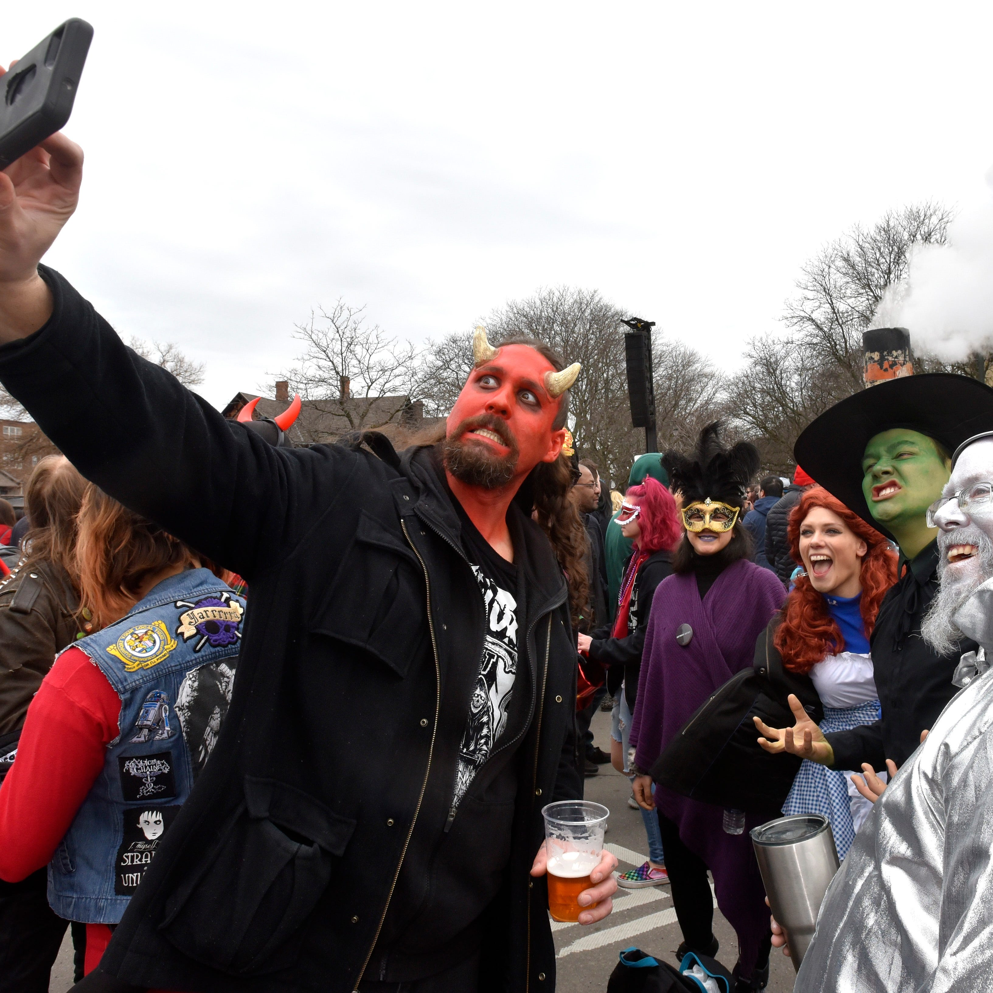 Detroit rings in spring with 10th Nain Rouge 'Marche'