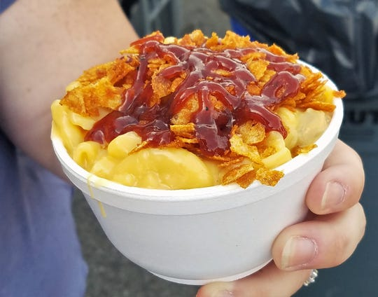 West Side Mac-n-Cheese from the  Evansville Rescue Mission at the 2018 West Side Nut Club Fall Festival.