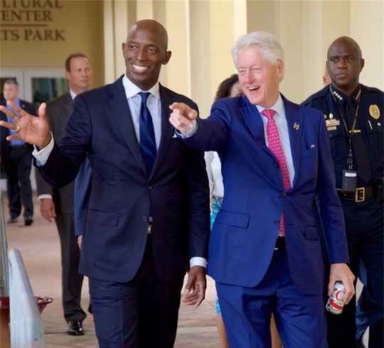 Wayne Messam (left) meeting with former President Bill Clinton (right).