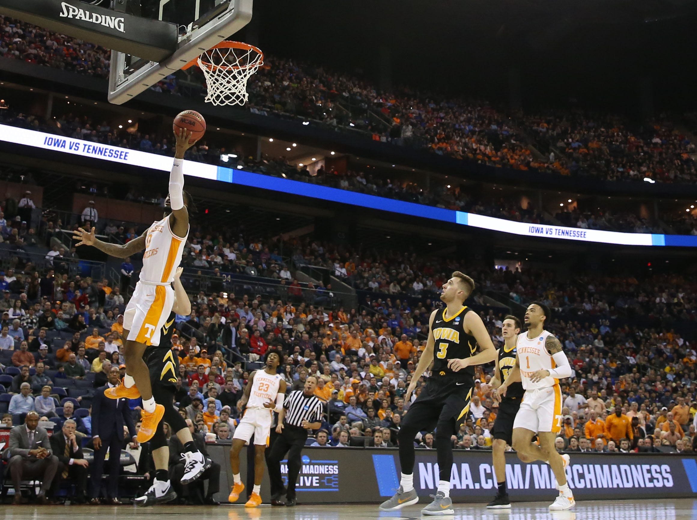 Tennessee Volunteers guard Jordan Bone (0) goes to the basket in the first half against the Iowa Hawkeyes in the second round of the 2019 NCAA Tournament at Nationwide Arena.