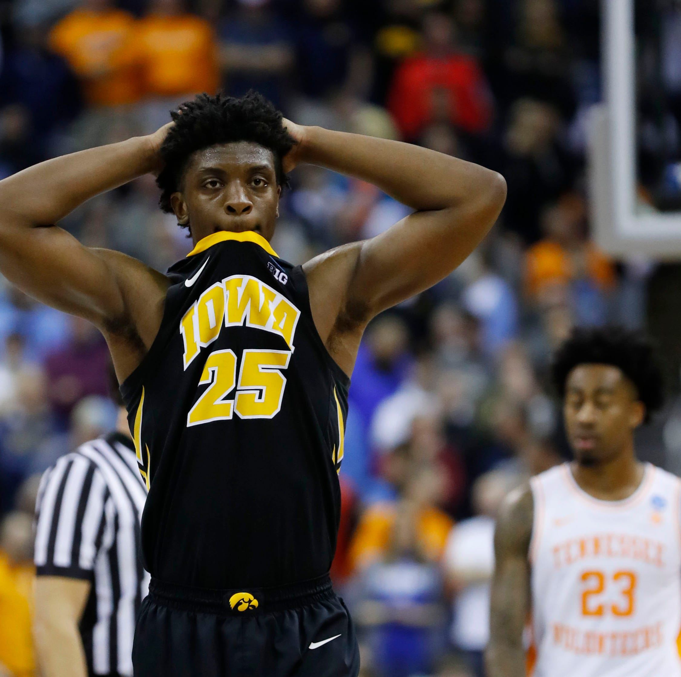 'Guys wanted it': Tyler Cook leads Hawkeye rally that comes up just short of history