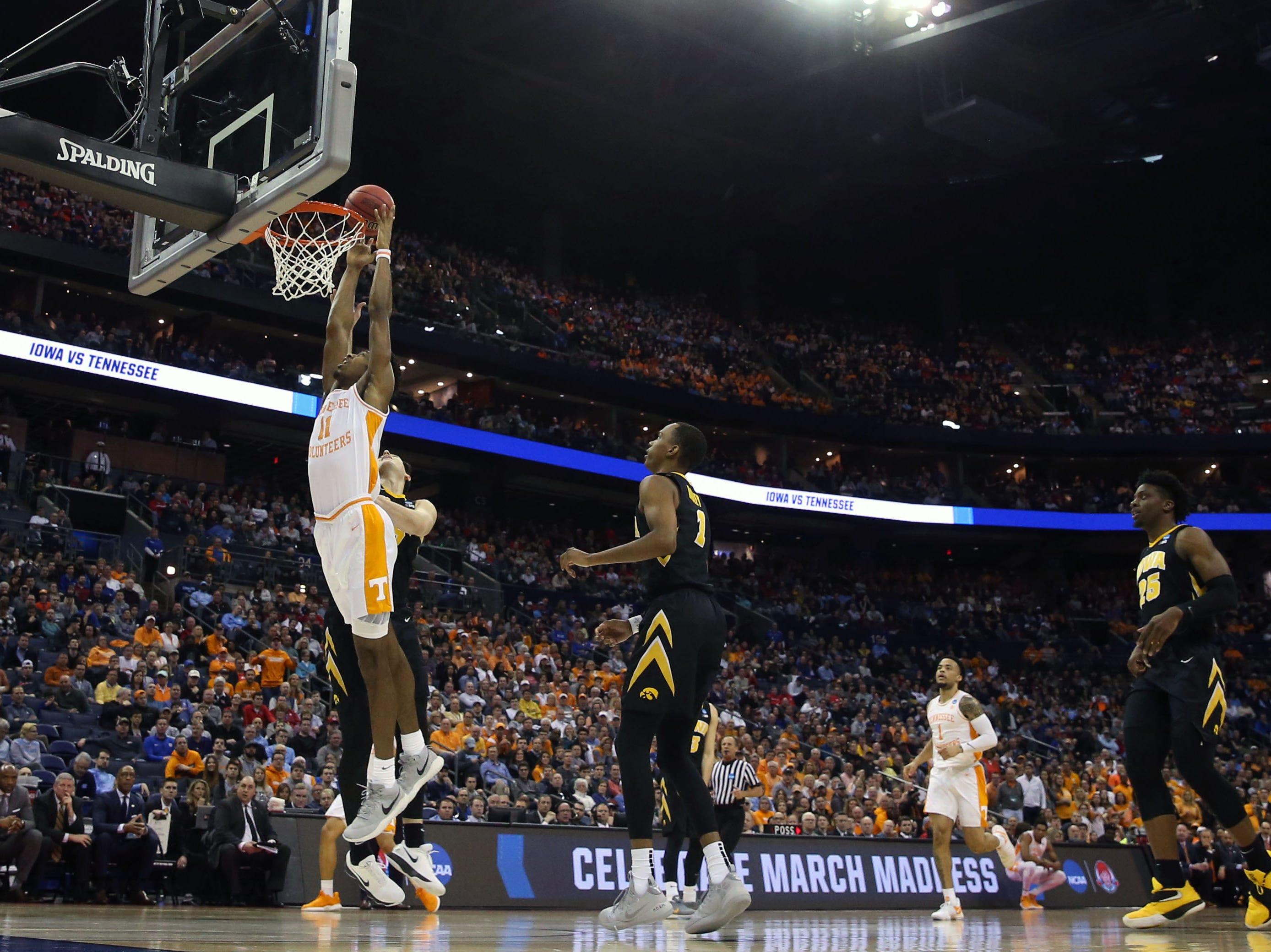 Tennessee Volunteers forward Kyle Alexander (11) dunks the ball in the first half against the Iowa Hawkeyes in the second round of the 2019 NCAA Tournament at Nationwide Arena.