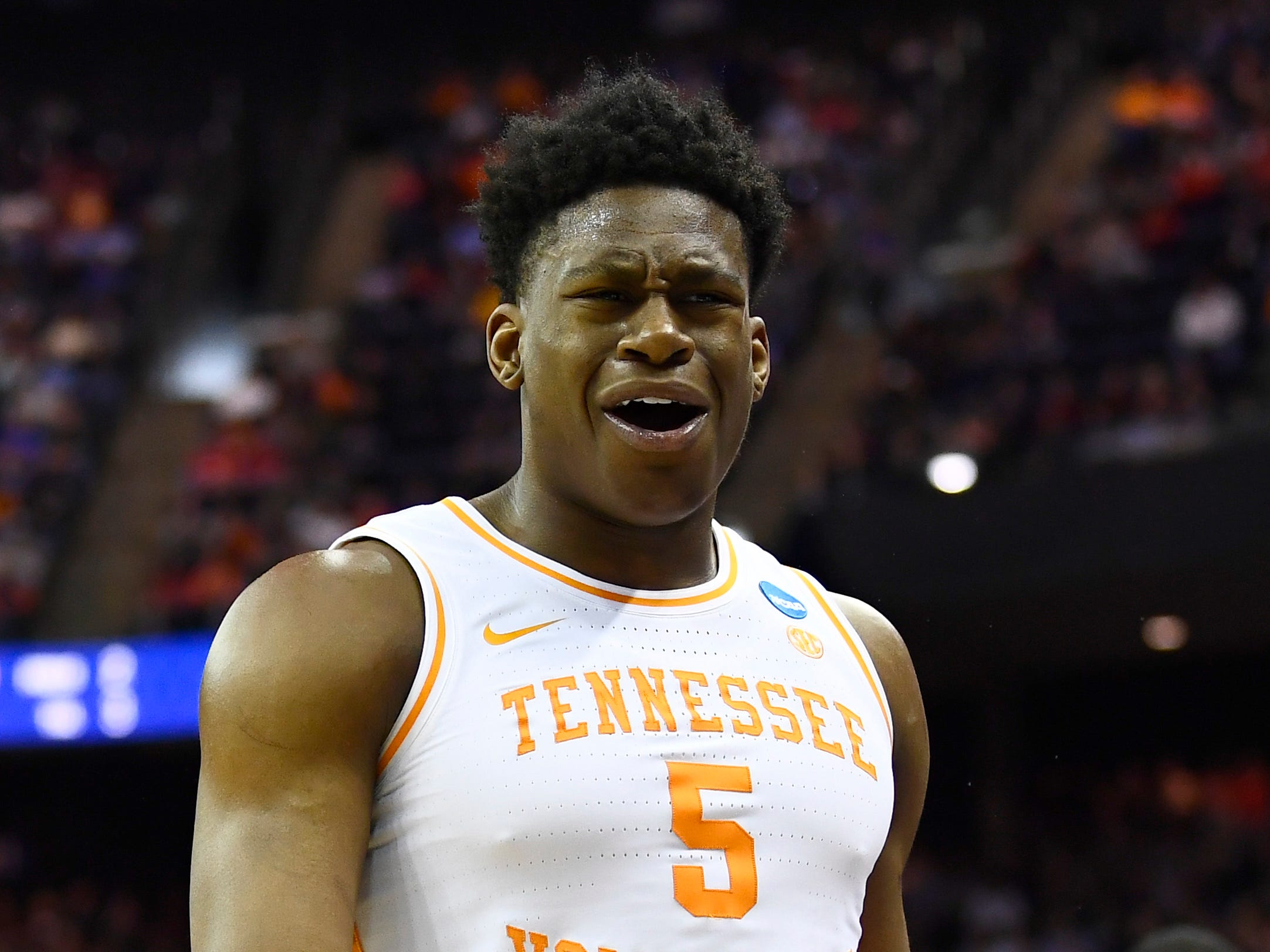 Tennessee guard Admiral Schofield (5) reacts during the second half of the game against the Iowa Hawkeyes in the second round of the NCAA Tournament at Nationwide Arena in Columbus, Ohio, Sunday, March 24, 2019.
