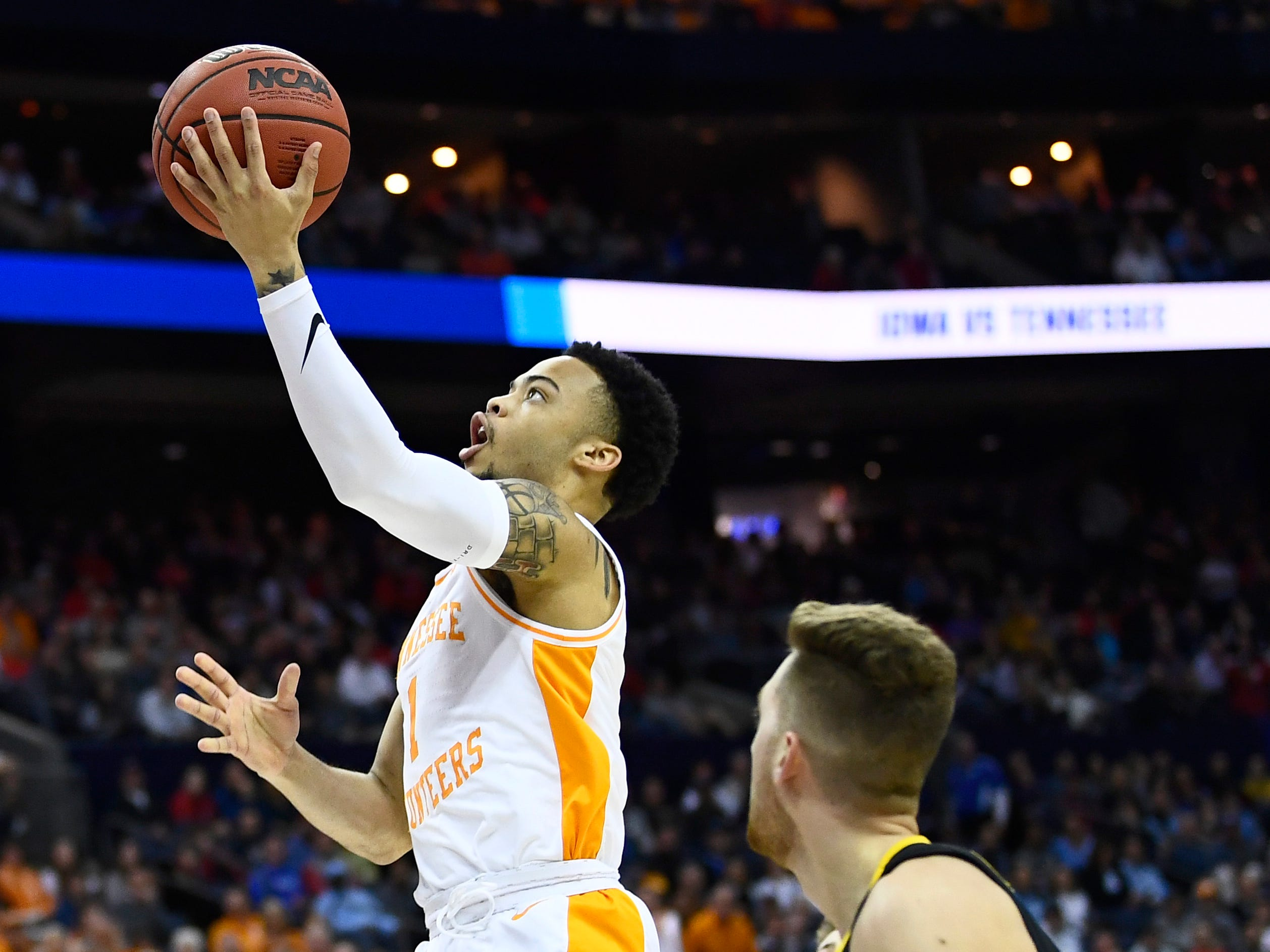 Tennessee guard Lamonte Turner (1) attempts a layup during the first half of the game against the Iowa Hawkeyes in the second round of the NCAA Tournament at Nationwide Arena in Columbus, Ohio, Sunday, March 24, 2019.