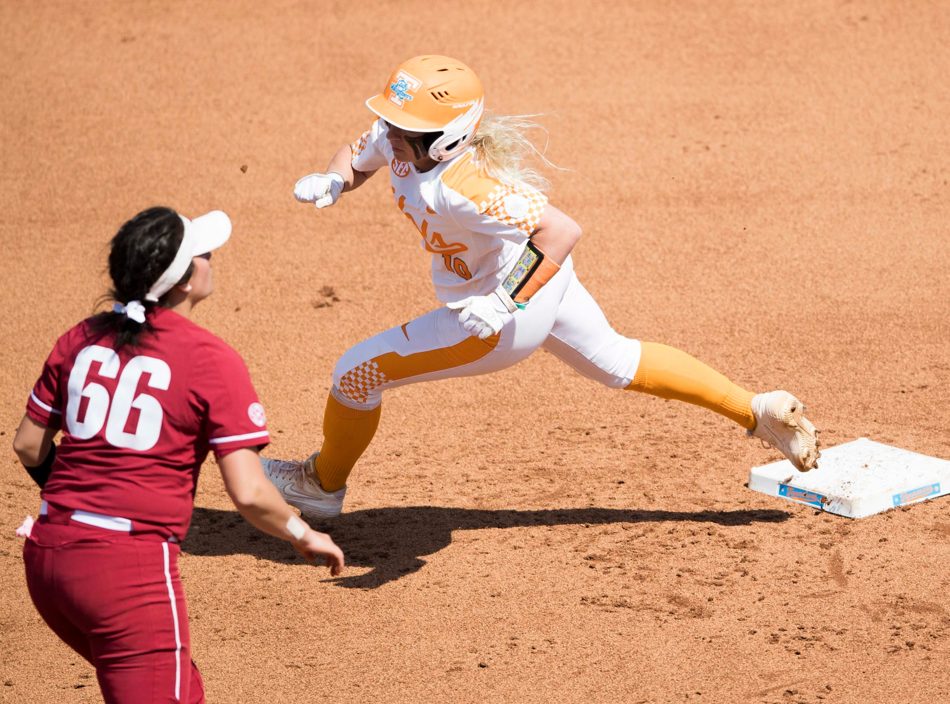 Tennessee infielder Aubrey Leach (10) rounds second during a Lady Vols softball game against Arkansas at Sherri Parker Lee stadium on University of Tennessee's campus in Knoxville Sunday, March 24, 2019. The Lady Vols defeated Arkansas.