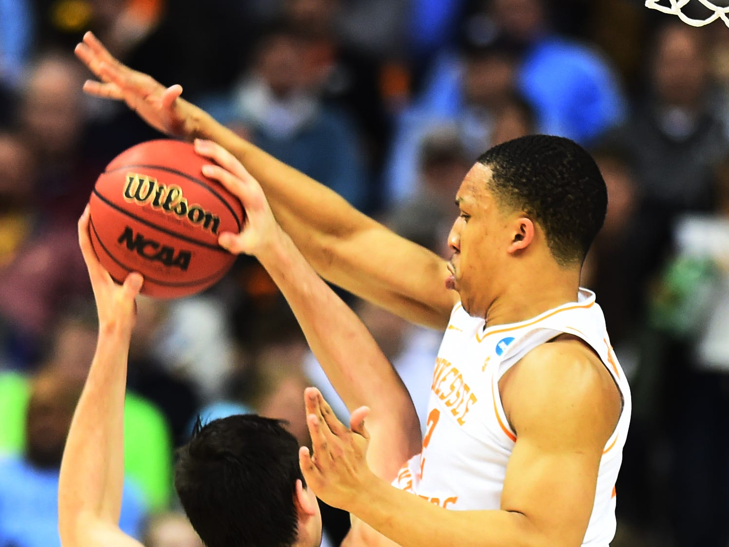 Tennessee forward Grant Williams (2) defends a shot by Iowa forward Ryan Kriener (15) during the first half of the game in the second round of the NCAA Tournament at Nationwide Arena in Columbus, Ohio, Sunday, March 24, 2019.