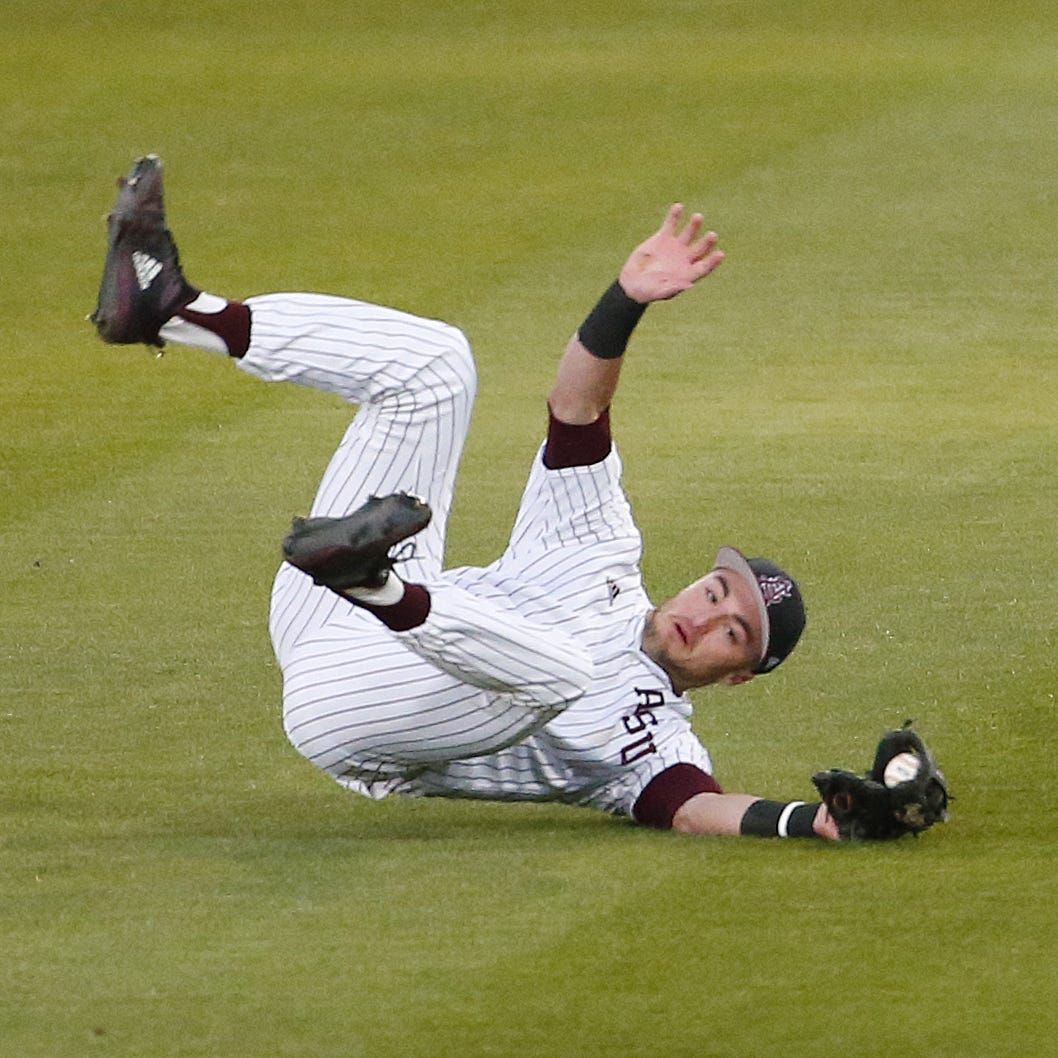 No. 10 ASU baseball loses first game of the season on Oregon walk-off homer in extras