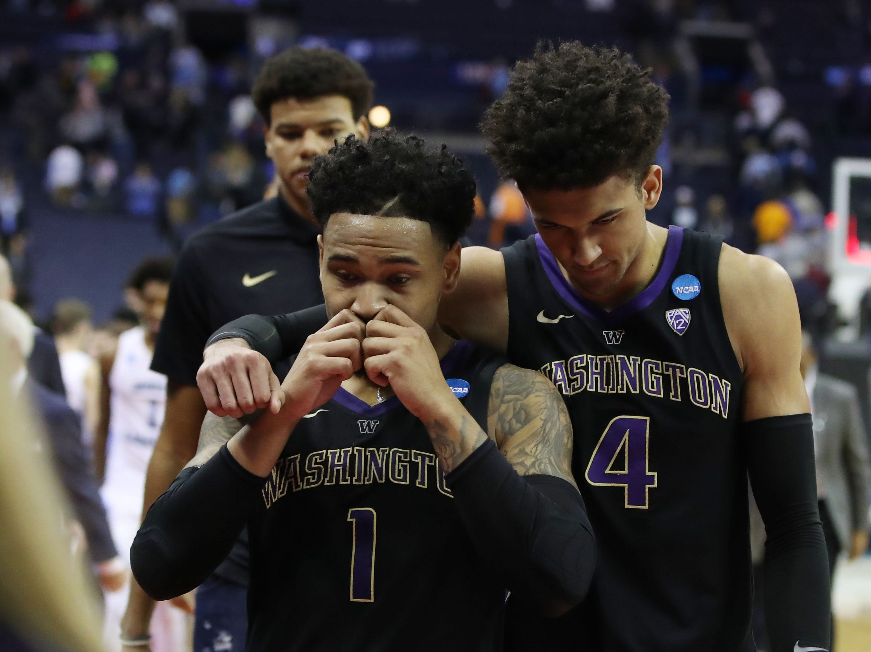 Round of 32: No. 9 Washington loses to No. 1 North Carolina, 81-59.