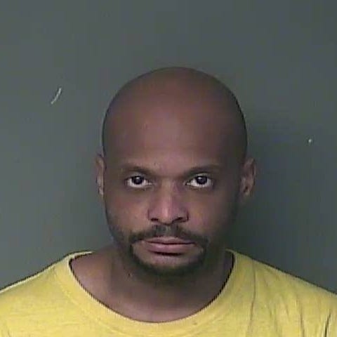 Mansura man accused of identity theft from at least 165 people