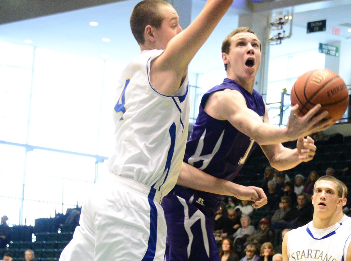 2013: Kyle Edwards, shooting against Maine-Endwell's Chris Heimes last month, scored 23 points in Norwich's Class B state playoff opener.