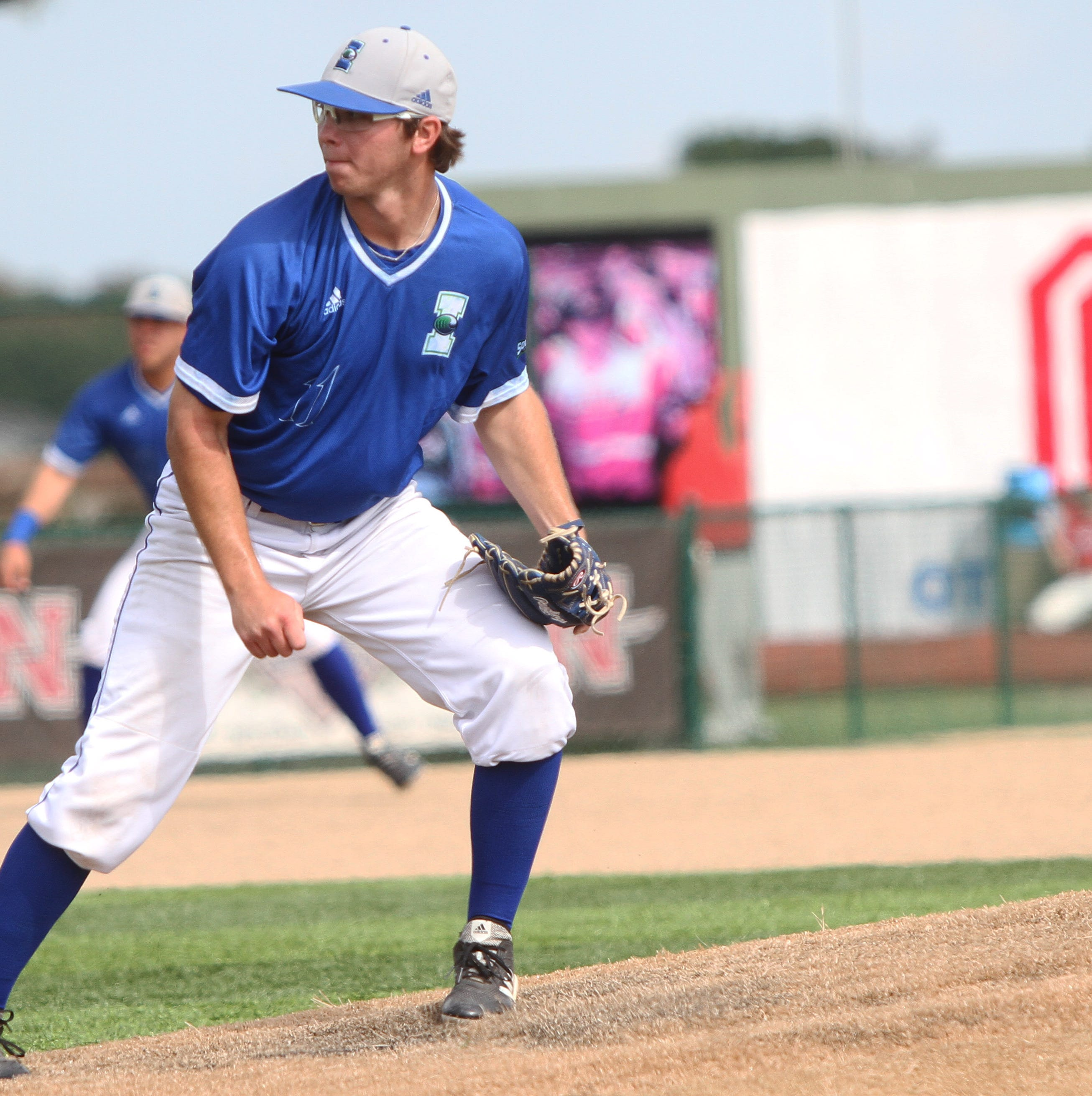 HOMETOWN HEROES: Five questions with Texas A&M Corpus Christi's Zach Rumfield