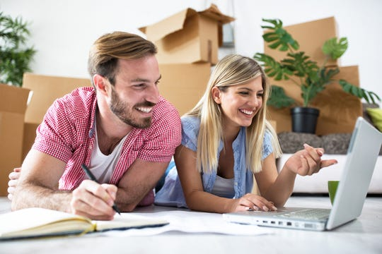 Using a March Madness bracket to decide on and prioritize home projects can be helpful if you're a new homeowner – especially if you bought a fixer-upper. (Dreamstime)