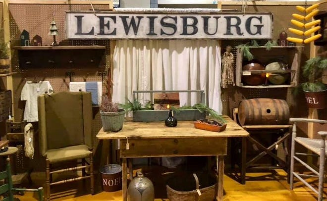 If antique shows are up and running, can warm spring weather be far behind?