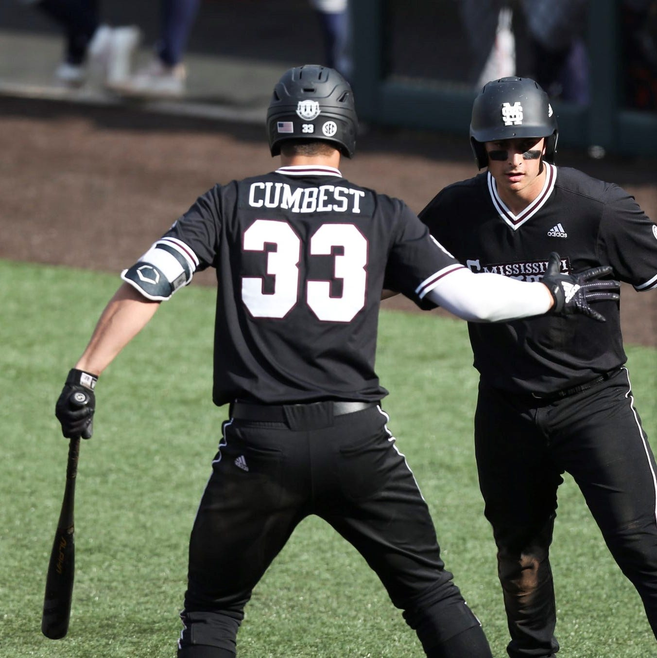 Bulldog bats come to life in Mississippi State's Sunday win over Tennessee