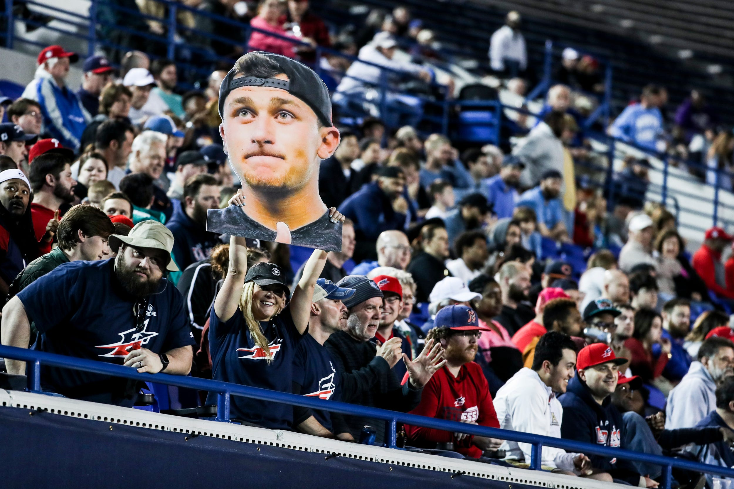 Opinion: Johnny Manziel's AAF debut was strangely compelling because he didn't lead winning drive