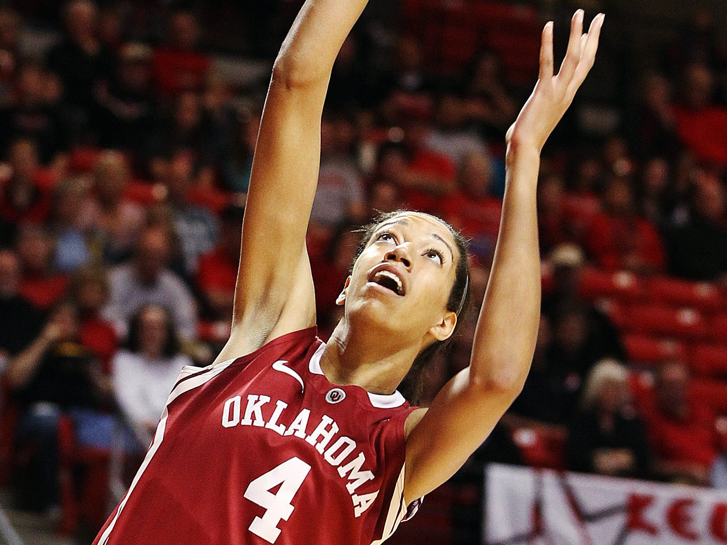 Nicole Griffin, who starred at Milwaukee Vincent, played in nine NCAA Tournament games with the Oklahoma Sooners from 2011-2014. Griffin started on two Sweet 16 teams as a member of the Sooners.