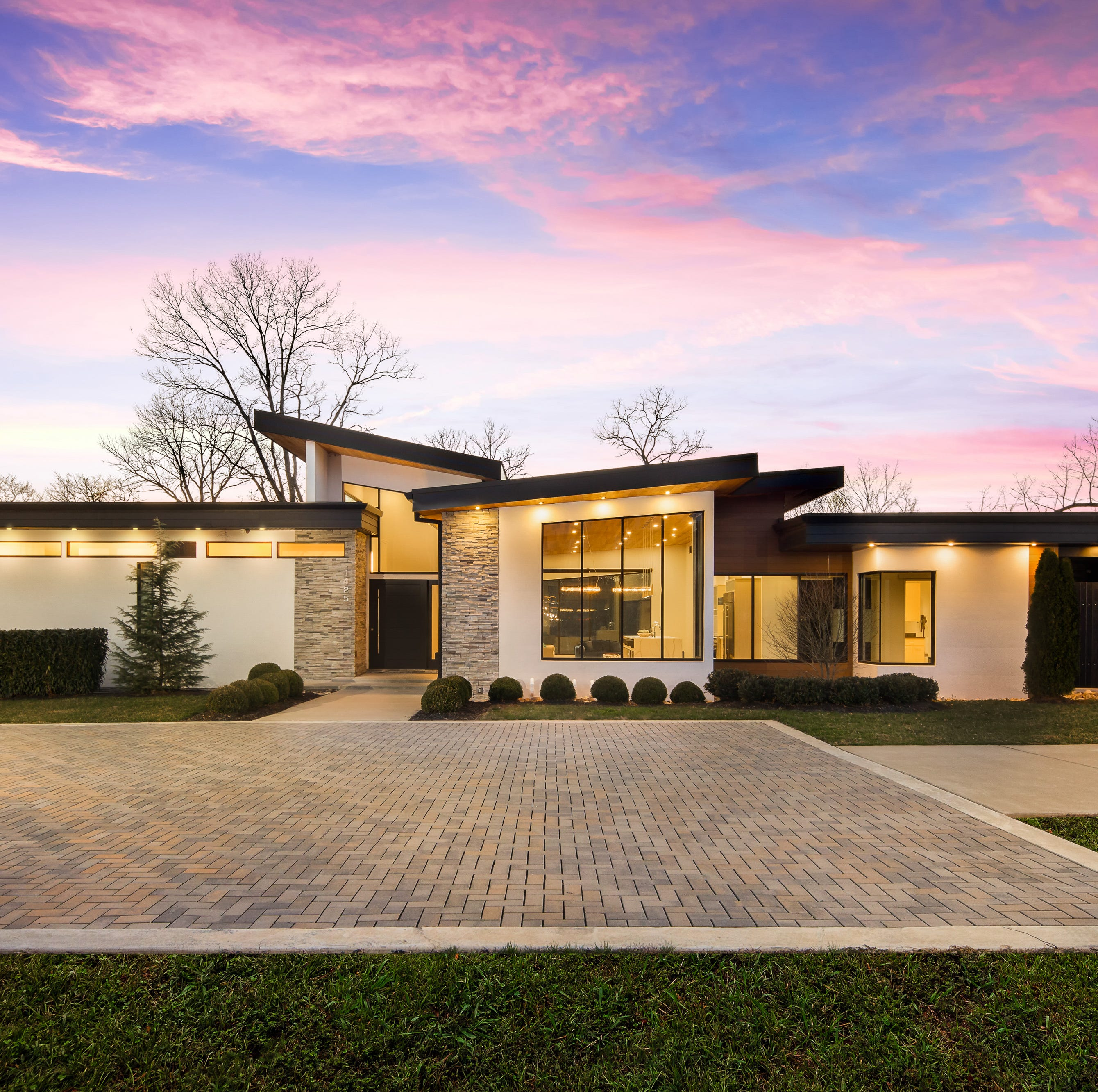Brentwood home showcases modern architecture, local design