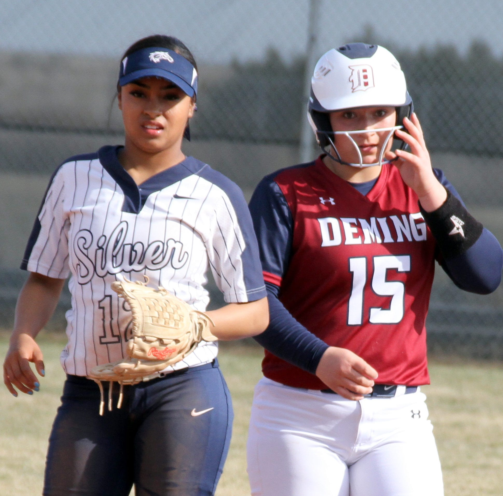 Deming High Lady 'Cats make District 3-5A softball debut against Bulldawgs in Las Cruces