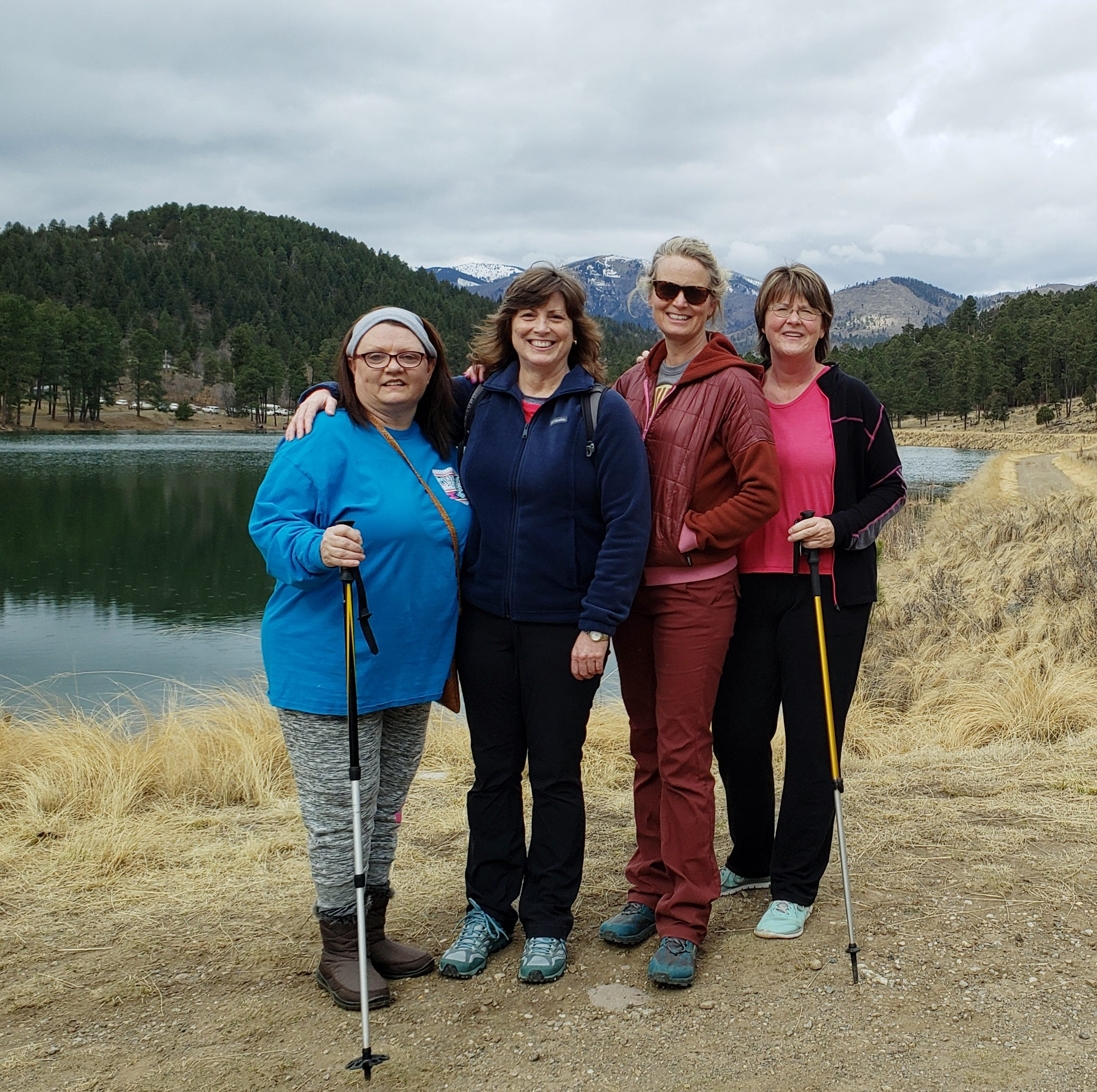 Hiking the River Ruidoso trail