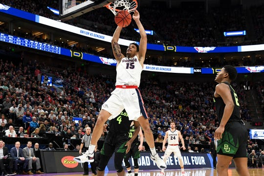 Gonzaga Bulldogs forward Brandon Clarke (15) is moving up NBA draft boards for the 2019 NBA draft.