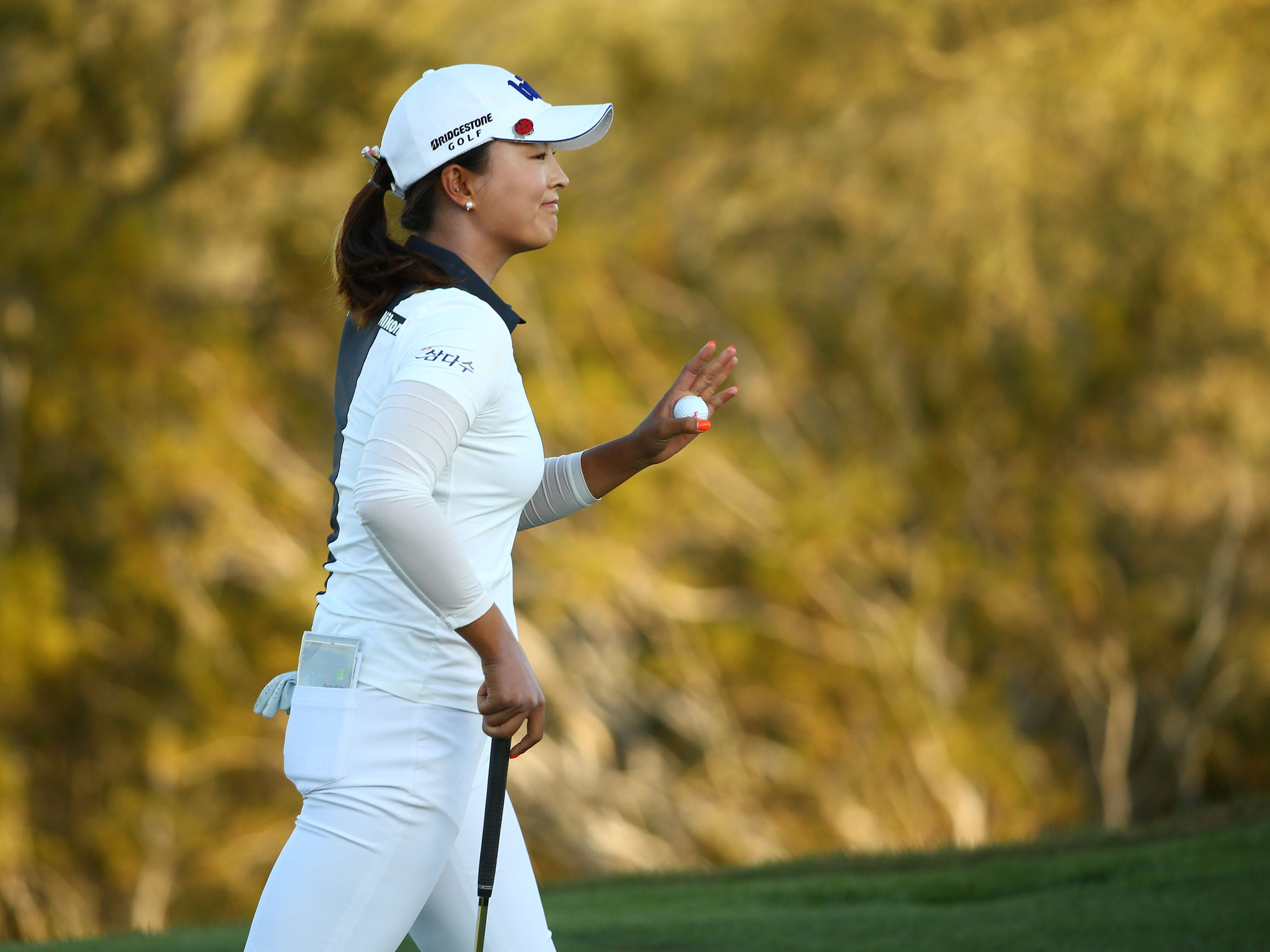 Jin Young Ko of South Korea waves to the crowd after finishing her final round at the Bank of Hope Founders Cup on Mar. 24, 2019 at Wildfire Golf Club at JW Marriott in Phoenix, Ariz.