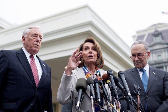 Demócratas del congreso insisten en ver el informe completo entregado por Mueller.