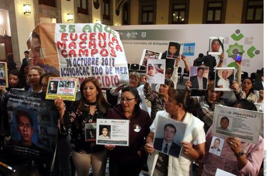 """""""Los queremos vivos, ese es del deseo y vamos a dedicar todo lo que se necesite. El Estado mexicano se va a dedicar a la búsqueda de los desaparecidos"""", sostuvo AMLO."""