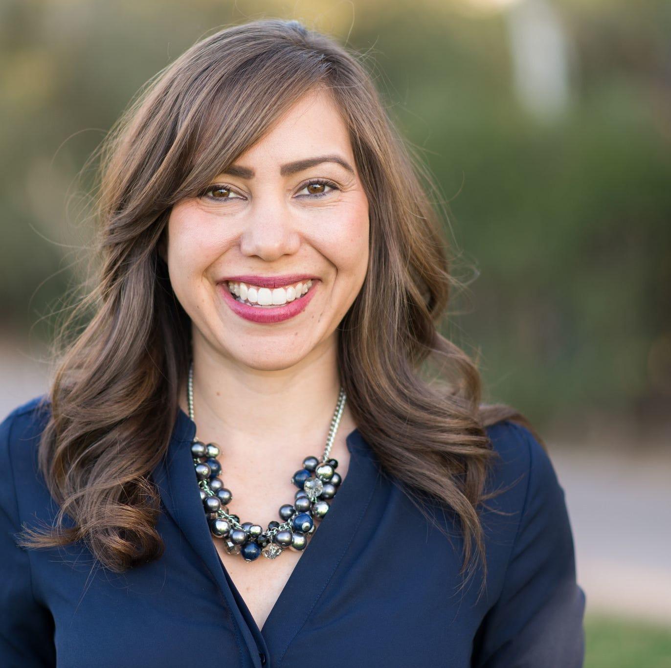 Alcaldesa de Phoenix Kate Gallego nombra a Lisa Fernández como jefa de personal
