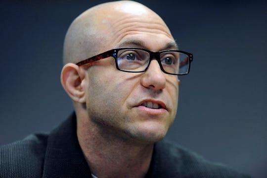 Jeremy Richman,padre de uno de los 20 niños asesinados en la escuela primaria Sandy Hook en 2012 fue encontrado muerto por un aparente suicidio.