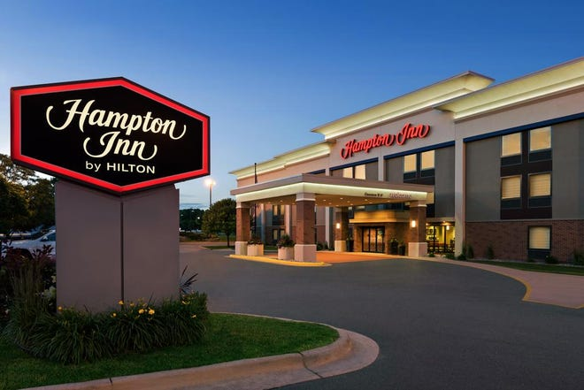 The Hampton Inn in Wausau has been acquired by Chicago-based Helix Hospitality.