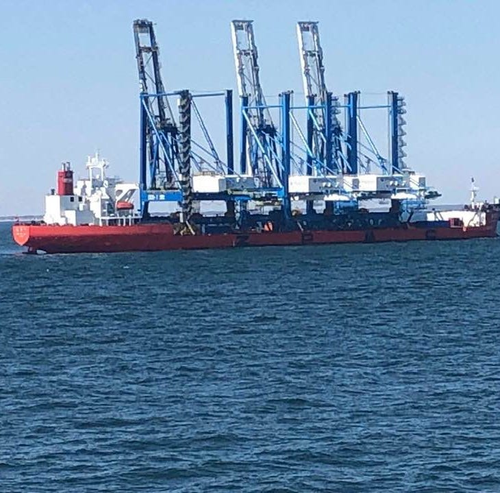 Delaware Memorial Bridge closing for ship hauling heavy equipment to Philadelphia