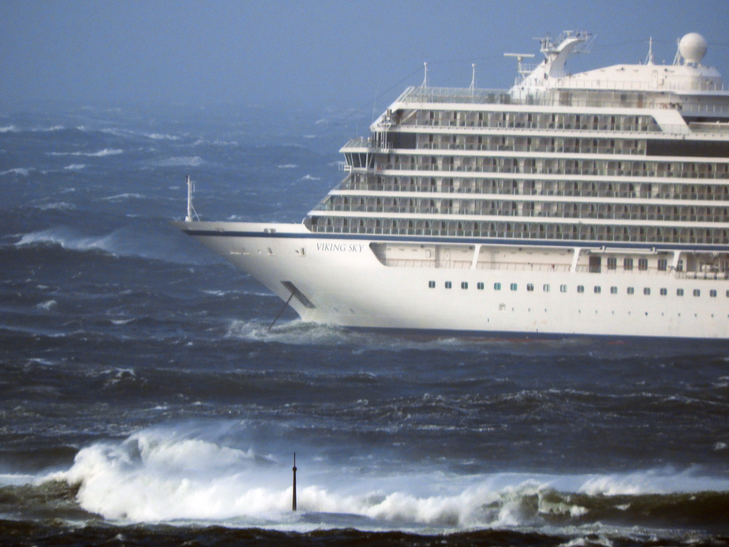The Viking Sky managed to anchor in Hustadsvika Bay, off the west coast of Norway, on March 23, 2019.