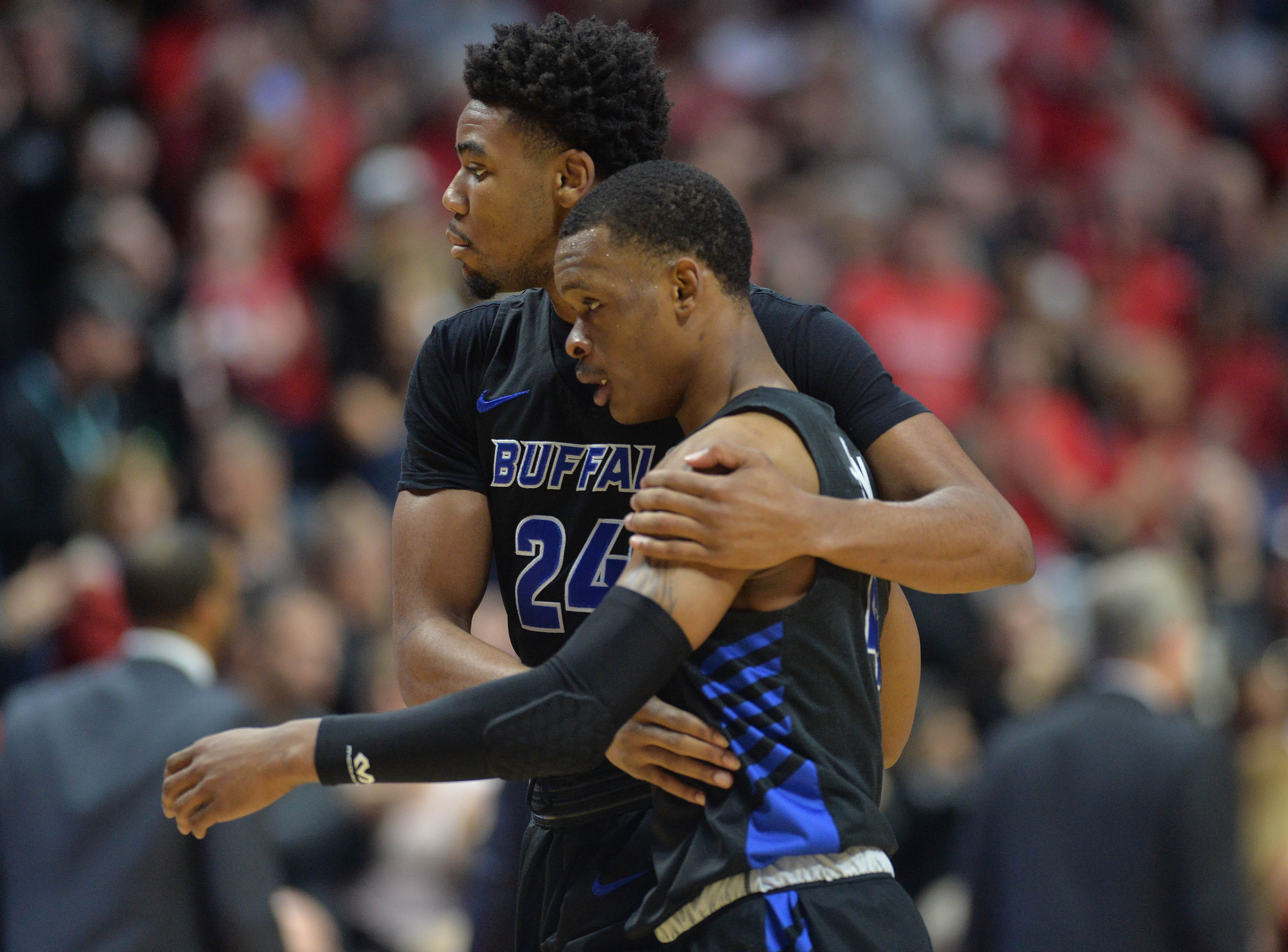 Round of 32: No. 6 Buffalo loses to No. 3 Texas Tech, 78-58.