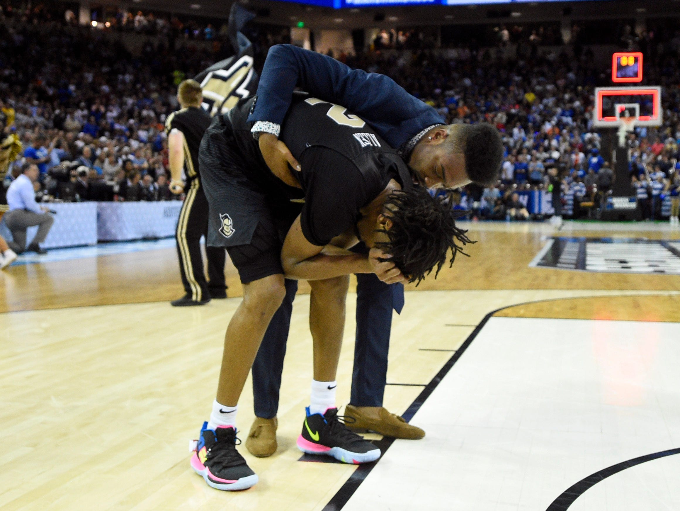 Round of 32: No. 9 Central Florida loses to No. 1 Duke 77-76.