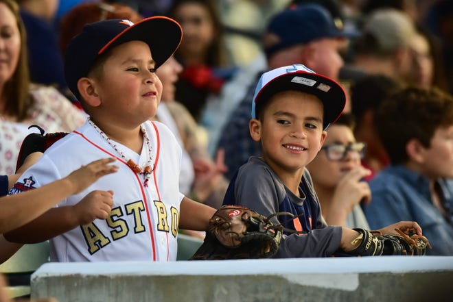 What's the best way to put in some family bonding time? Take them out to the ballgame.