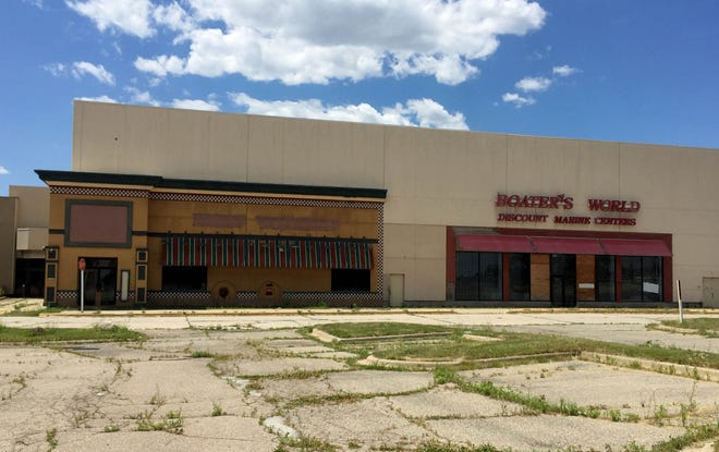 The abandoned Summit Place Mall in Waterford on June 28, 2016.