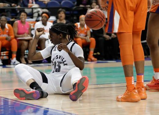 32aa861279e2d3 Clemson women s basketball season had 3 defining highlights