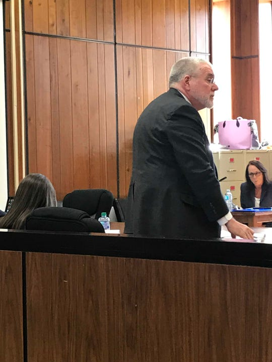 Defense attorney Bob Jolley makes his opening statement in the second-degree murder trial of Shannon Smith in Union County Criminal Court on March 26, 2019.