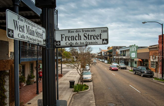 Historic New Iberia Main Street.  Louisiana Department of Culture, Recreation and Tourism Historic New Iberia main street.