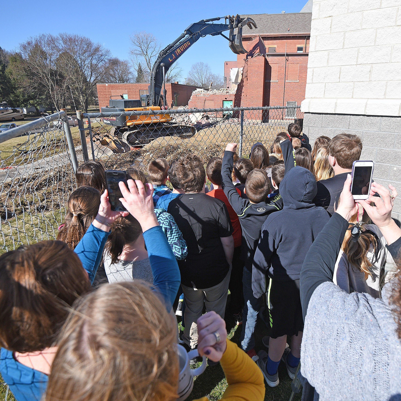 Demolition of 125-year-old Bellville School underway