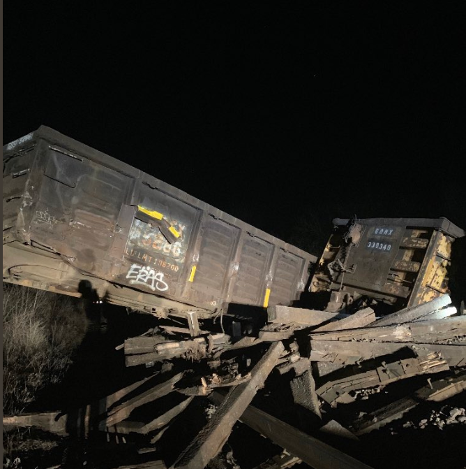 13-car train derailment in Menomonee Falls causes a road closure, but no injuries, police say