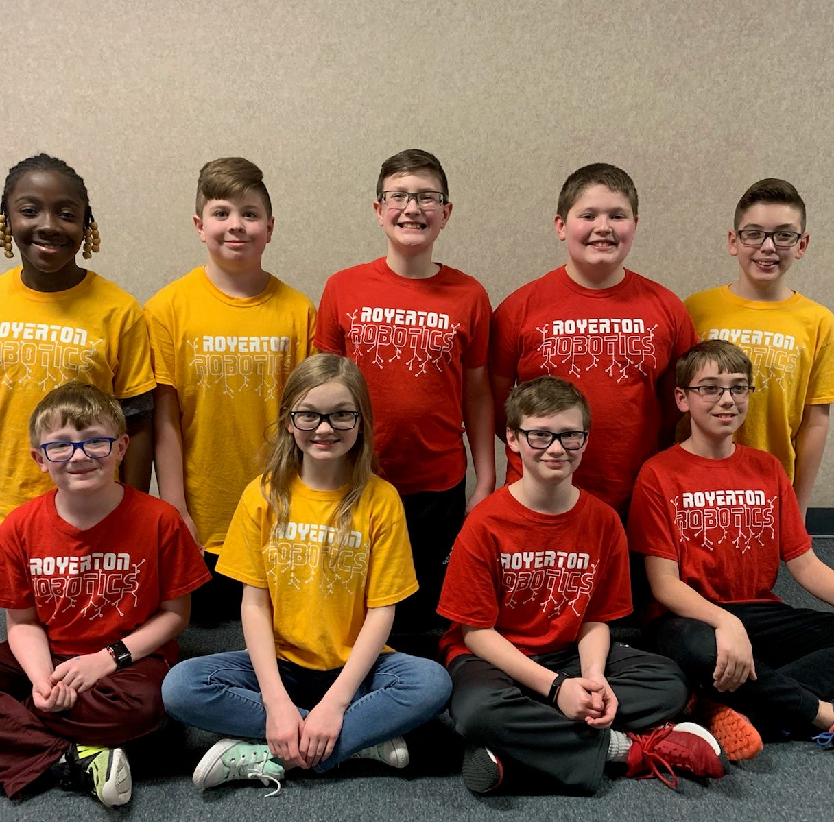 2 local robotics teams headed to World Championship are learning STEM skills along the way