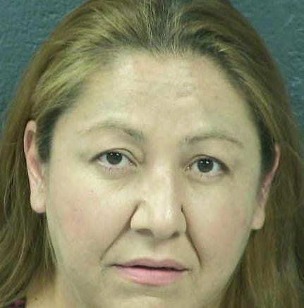 Las Cruces woman charged with attempted murder, arson