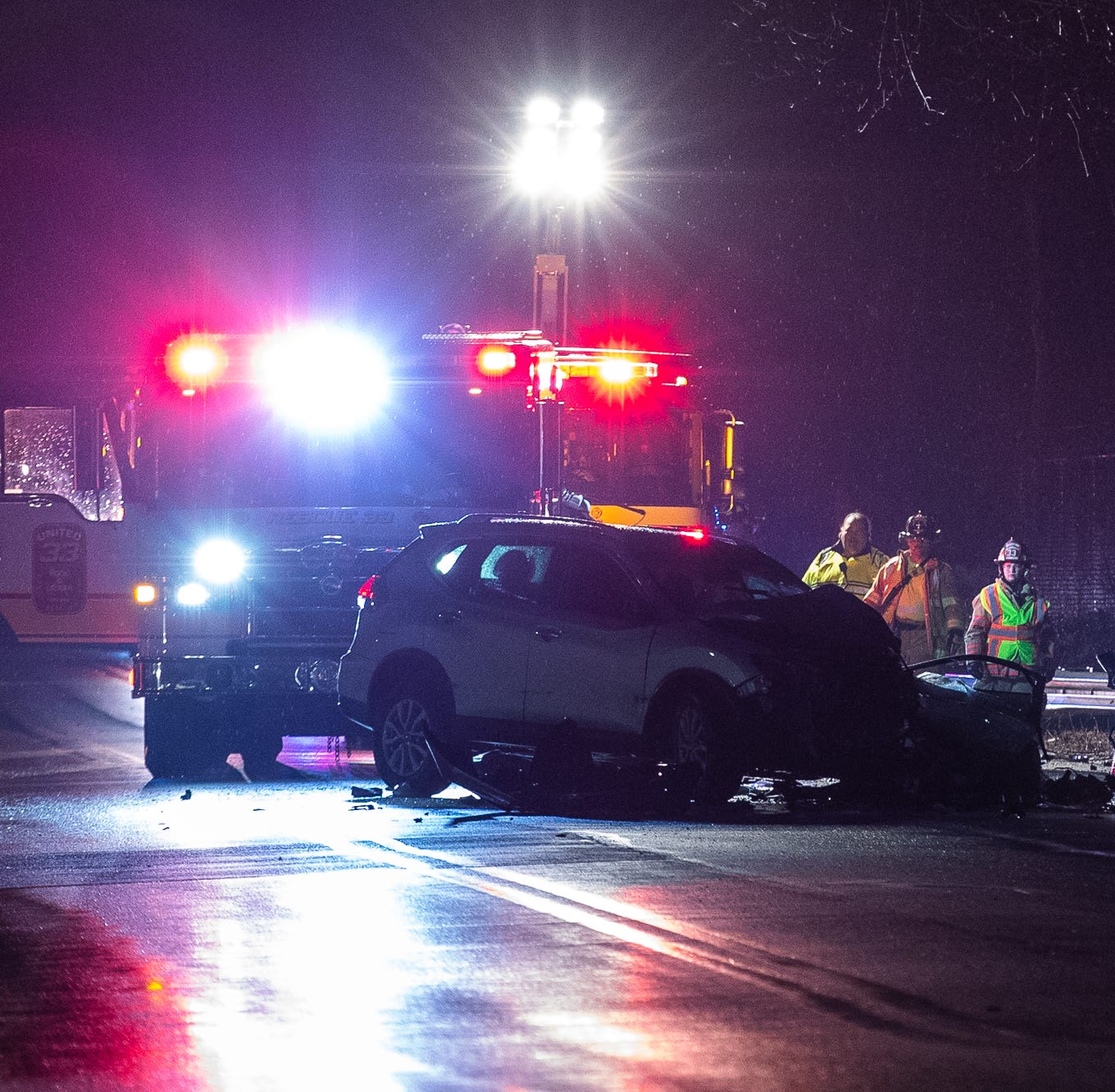 2 trapped in cars, sent to hospital with serious injuries in Oxford Township crash